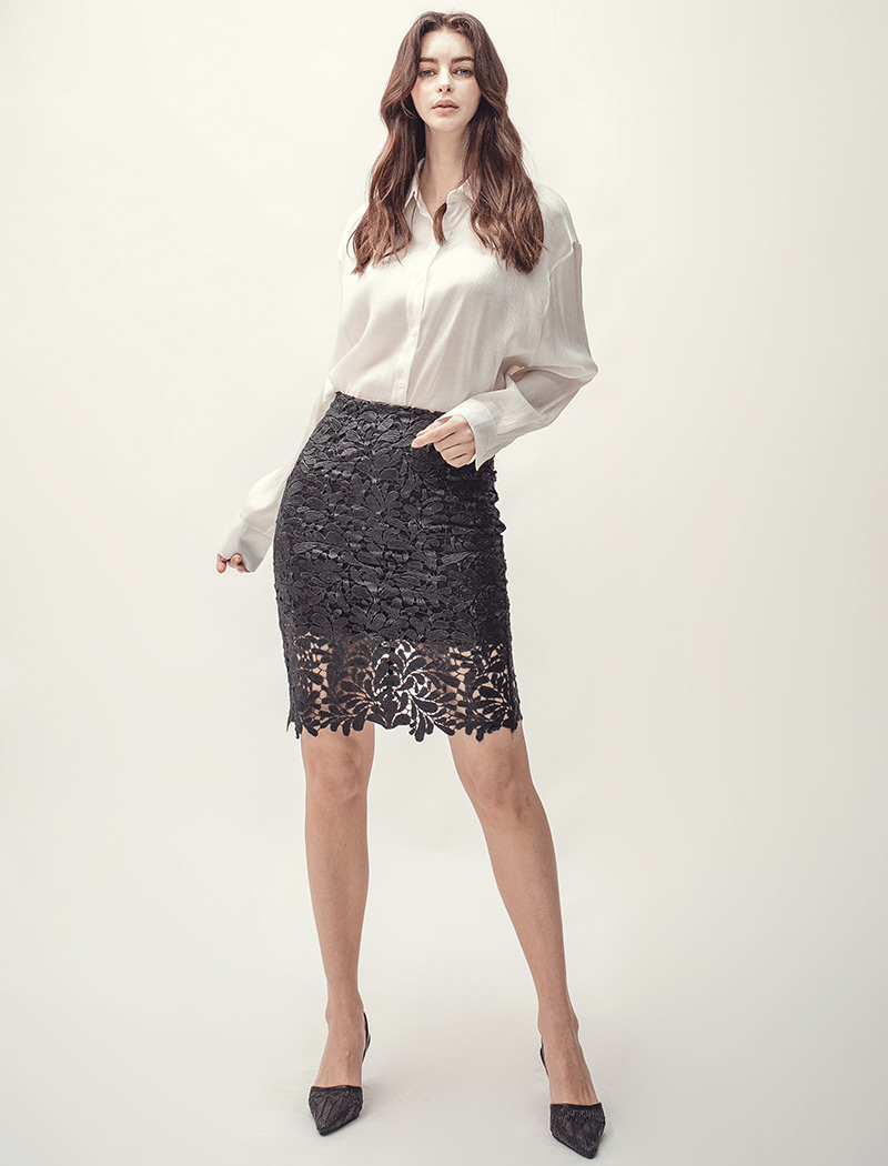H Lace Skirt - Black